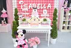 Dream Makers Events & Party Rentals 's Birthday / Minnie Mouse - Photo Gallery at Catch My Party Minie Mouse Party, Minnie Mouse Birthday Theme, Mickey E Minnie Mouse, Minnie Mouse Balloons, Minnie Baby, Mickey Mouse Clubhouse Party, Minnie Mouse Baby Shower, Mickey Party, Kids Party Themes
