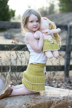 Thinty Girl & Doll Skirts: #knit #knitting #free #pattern #freepattern #freeknittingpattern #knittingpattern