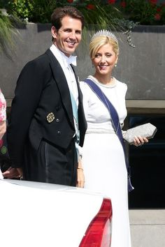 Swedish Royal Wedding: Greek Royals....Posted on June 8, 2013 by HatQueen........Like the Danish Royal Family, the current Greek Royal family are cousins to the Swedish Royal Family. Crown Princess Marie-Chantal looked very elegant in her dove grey gown today.