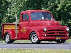 1952 Dodge Little Red Express Custom Old Dodge Trucks, Vintage Pickup Trucks, Dodge Pickup, Old Pickup, Dodge Auto, Jeep Dodge, Cool Trucks, Big Trucks, Small Trucks
