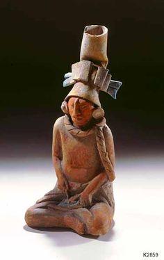 Maya (Jaina Island)--figurine of a man performing the ritual of bloodletting Ancient Near East, Ancient Ruins, Ancient Art, Honduras, Colombian Art, Hispanic Art, Guatemala, Mayan Cities, Inka