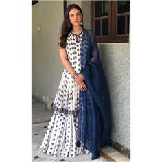 Aditi Rao Hydari in a Punit Balana lehenga/chuditar outfit from their new summer collection She rounded the look with simple oxidized jhumkas and wavy hair. Pakistani Dresses, Indian Dresses, Indian Outfits, Indian Attire, Indian Ethnic Wear, Indian Style, Frock Fashion, Fashion Dresses, Ethnic Fashion