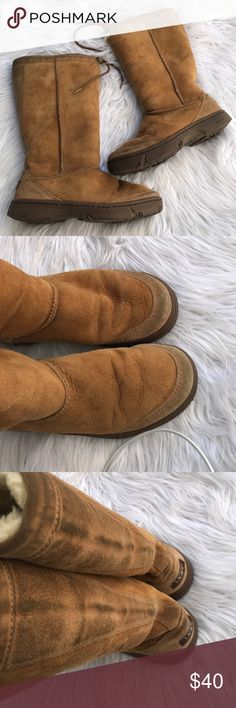 UGG AUSTRALIA SZ 7 BOOTS SHOES TALL LEATHER 100% authentic UGG Shoes
