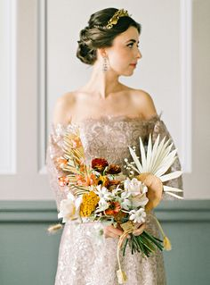 This Couple Planned a Bold, Stylish Wedding in the Pacific Northwest Martha Stewart Weddings MarthaWeddings Lace Wedding Dresses This Couple Planned a Bold, Stylish Wedding in the Pacific Northwest Colored Wedding Dresses, Wedding Bouquets, Wedding Gowns, Staubige Rose, Autumn Bride, Wedding Updo, Lace Wedding, Beige Wedding, Couture