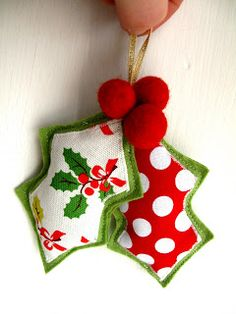 Bugs and Fishes by Lupin: Guest Post: Felt Holly Decoration Tutorial