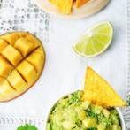 Dania z grilla w wersji fit - warzywa z grilla - Dietetyczny grill - fit przepisy Pineapple, Grilling, Fruit, Fitness, Food, Pine Apple, Crickets, Essen, Meals