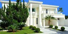 Resultado de imagem para casas estilo neoclassico moderno