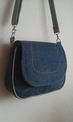 Denim Bag Patterns, Handbag Patterns, Sewing Patterns, Denim Handbags, Denim Tote Bags, Backpack Pattern, Tote Backpack, Tote Purse, Messenger Bag