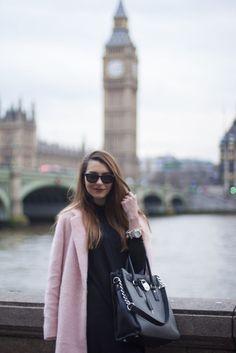 street style, designer, street wear, outfit, ootd, style, stylish, love, fashion, last minute couture, luana codreanu, blog, blogger, fashion blog, fashion blogger, lifestyle, travel, beautiful, pink, coat, Big Ben, London, rainy, LFW, London Fashion Week, black, love, makeup, hairstyle