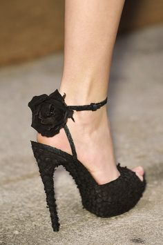 Yves Saint Laurent Black Rose Sandal NY Fashion Week Spring 2010 #Runway #Shoes #YSL