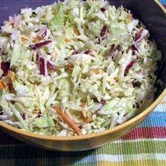 Coleslaw saláta (amerikai káposztasaláta) Receptek a Mindmegette. Veggie Recipes, New Recipes, Soup Recipes, Salad Recipes, Vegetarian Recipes, Cooking Recipes, Healthy Recipes, Cold Dishes, Good Food