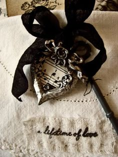 miss gracie's house: pocket full of posies. Black Cream, Black And White, Farm House Colors, Black Tie Affair, Duck Egg Blue, Colour Board, Black Decor, Shades Of Black, Pink Brown