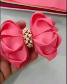Diy Lace Ribbon Flowers, Fabric Flower Headbands, Kanzashi Flowers, Diy Ribbon, Ribbon Bows, Fabric Flowers, Handmade Hair Bows, Diy Hair Bows, Diy Bow