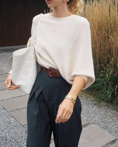 Fashion Tips Outfits Via Tips Outfits Via Anouk Yve Mode Outfits, Fashion Outfits, Womens Fashion, Fashion Tips, Fashion Hacks, Modest Fashion, Petite Fashion, Fashion Bloggers, Fashion Trends