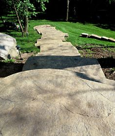 "Stamped concrete patterns texture, When repainting a room, try painting your ceiling a shade of ""ceiling white.\""This shade of high-gloss and reflects light effectively. By using it at home, you will see a huge difference from the room\'s lighting. Stamped Concrete Patterns, Stamped Concrete Driveway, Concrete Stairs, Concrete Color, Concrete Driveways, Concrete Patio, Walkways, Concrete Texture, Cement Stamps"