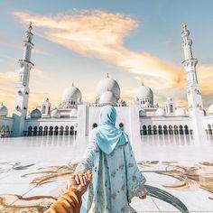 Follow me to Sheikh Zayed Mosque