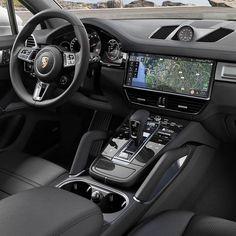 Porsche Innenraum - My next ride - Cars Porsche Suv, Porche 911, Porsche Sports Car, Porsche Panamera, Cayenne Turbo, Porsche Cayenne Interior, Macan S, Custom Car Interior, Lux Cars