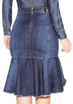 Jeans Gown, Denim Maxi Dress, High Waisted Denim Skirt, Skirt Outfits Modest, Denim Skirt Outfits, Denim Fashion, Fashion Outfits, African Print Dresses, Vintage Denim