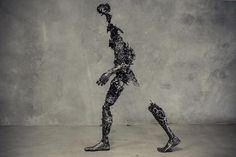 Disintegrating, 2014 / Regardt van der Meulen