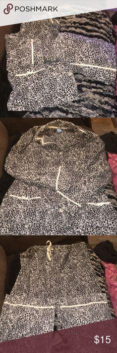 💋SIMPLY VERA VERA WANG PAJAMA SET Euc nice super soft.  Item 00198 Simply Vera Vera Wang Intimates & Sleepwear Pajamas