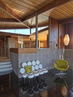 Marshmallow Sofa & Swan Chair