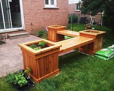 This step by step woodworking project is about planter bench plans. We show you how to build a planter bench from wood, using common materials, tools and techniques. Woodworking Workbench, Woodworking Furniture, Woodworking Projects, Wood Projects, Furniture Projects, Woodworking Classes, Woodworking Workshop, Woodworking Beginner, Woodworking Machinery