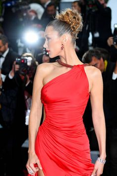 72 Cannes Film Festival Pictures and Photos - Getty Images Bella Gigi Hadid, Bella Hadid Outfits, Bella Hadid Pictures, Casual Dresses, Prom Dresses, Celebs, Celebrities, Cannes Film Festival, Feminine Style