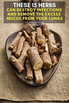 These 15 Herbs Can Destroy Infections And Remove The Excess Mucus From Your Lungs - Natural medicine - Natural Asthma Remedies, Natural Antibiotics, Cold Remedies, Herbal Remedies, Bloating Remedies, Healing Herbs, Natural Healing, Natural Oil, Recipes