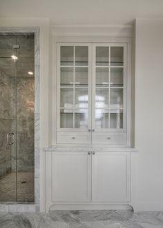 Bathroom built-in, foot detail