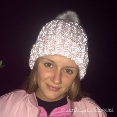 Take care of your loved ones! Crochet a slouchy beanie in glow in the dark yarn! By BautaWitch.se
