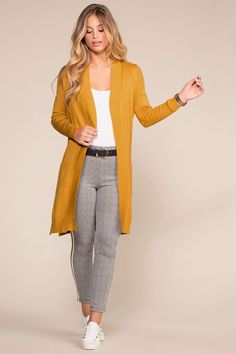 Surprisingly Cute Fall Outfits from 59 of the Amazing Fall Outfits collection is the most trending fashion outfit this season. This Fall Outfits look related to outfits, fashion, casualstyle and look. Teen Girl Fashion, Work Fashion, Modest Fashion, Mode Outfits, Fashion Outfits, Fashion Trends, Trending Fashion, Mode Rococo, Yellow Cardigan