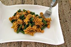 "Green Bean Asparagus Pasta Salad. By now you're used to being ""that person"" who brings weird healthy food to every summer potluck.   Embrace it, dollface.  But if you're looking for a new dish that won't scare a meat-and-potatoes crowd, whip up this vegan and gluten-free casserole with a Thai-inspired twist."