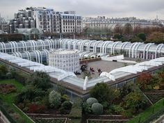 Les Halles, Paris, France - what to see, where to shop, is recommended as a good place to stay
