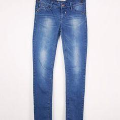 Second Hand Denim Jeans, Slim fit für nur 8,00€! ♻#️ootd #thrift #thrifting #schnäppchen #einkaufen #germersheim #outfit #recycle #kleidung #shoppenmachtglücklich