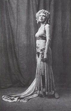 Ida Rubinstein in 'Cleopatre 1909