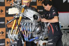 Yamaha Motogp NGM offering piloted by Colin Edwards