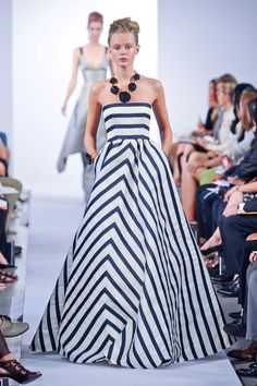 We're simply swooning over this chevron gown from the Oscar de la Renta Spring 2013 runway show!
