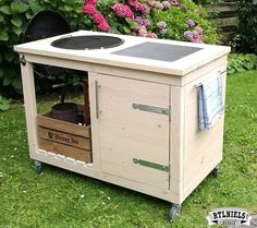 cof Furniture Projects, Home Projects, Diy Furniture, Outdoor Furniture, Bbq Shed, Outdoor Grill Station, Grill Table, Grill Cart, Barbecue