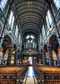 Amsterdam <3 Sint Nicolaaskerk (St. Nicholas Church) You guys, I wept a bit when I walked in here <3 This is such a beautiful picture.