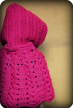 toddler poncho/cape (pattern on ravelry) (Kayla probably Toddler Poncho, Kids Poncho, Crochet Toddler, Crochet Girls, Crochet Baby Clothes, Crochet For Kids, Free Crochet, Easy Crochet, Crochet Cape