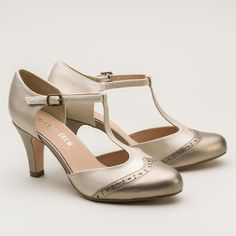Flashy footwear was a great love of the Jazz Age, paired with sparkling gowns…