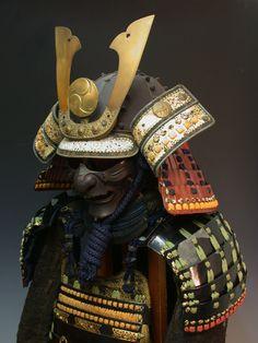 Japanese samurai armor, Kabuto 兜 Kabuto Samurai, Ronin Samurai, Samurai Weapons, Samurai Helmet, Helmet Armor, Arm Armor, Samurai Warrior, Samurai Costume, Dragon Warrior