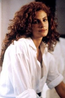 Julia - Mystic Pizza