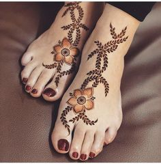 Are you crazy about the best and latest stylish leg mehndi designs? So this post is for you. On this festive season try th. Mehndi Designs Book, Mehndi Designs 2018, Modern Mehndi Designs, Mehndi Designs For Girls, Mehndi Designs For Beginners, Mehndi Designs For Fingers, Dulhan Mehndi Designs, Mehndi Designs For Hands, Mehandi Designs
