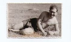 старый foto.ussr запись 1980 г.. beach.in голая. человек лежит. азовское pulite.