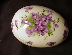 """Hammersley English Bone China """"Victorian Violets"""" Egg comes from the Ruby Lane Shop of Estate Treasure Trove."""