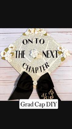Graduation Cap Toppers, Graduation Cap Designs, Graduation Cap Decoration, Graduation Caps, Grad Cap, College Graduation, Graduation Ideas, Graduation Portraits, Graduation Pictures
