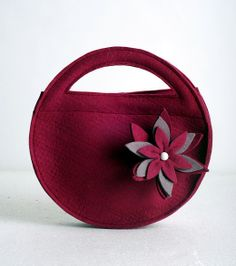 INSPIRATION: Round bag {no pattern, photo only}