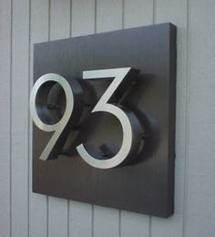 Unit/house number plates - i'm usually bored with the normal house numbers but this is nice Front Door Numbers, Metal House Numbers, House Numbers Modern, Door Number Sign, Front Doors, Address Numbers, Contemporary House Numbers, Address Signs, Front Fence