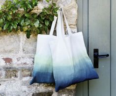 Spruce Up A Plain Shopper Bag With A Touch Of Trendy Dip-Dye Detailing prima.co.uk